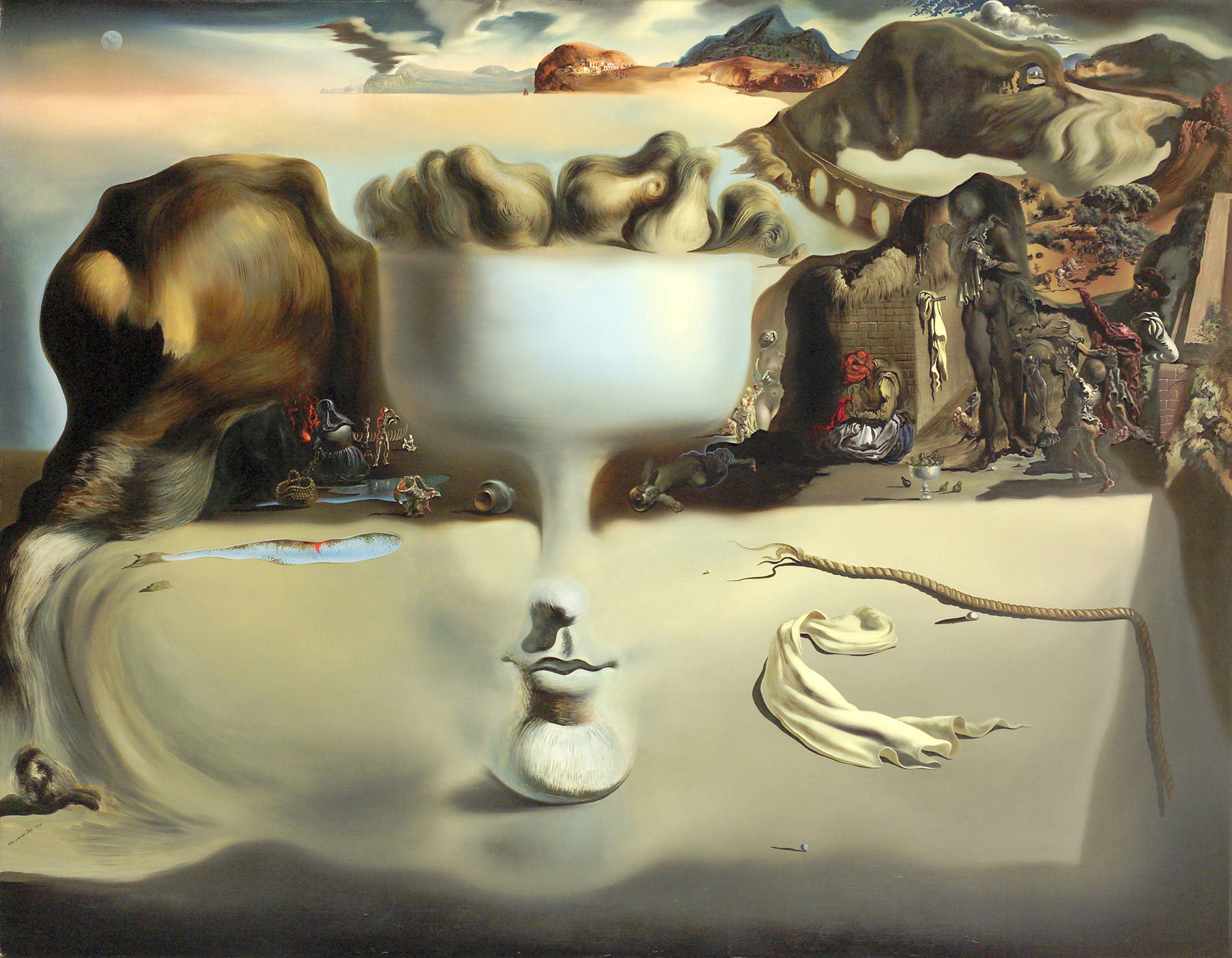 Salvador Dali - Apparition of a Face and Fruit Dish on a Beach